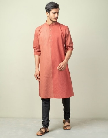 280a12df7 Men s Kurtas - Buy Men s Cotton Kurtas Online - Fabindia.com