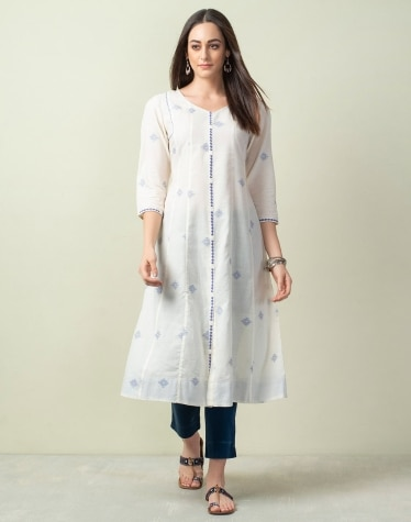 67936e79e Buy Women Clothing from Fabindia Summer Collection Online