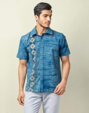 2c45f0d8 Buy Men Clothing from Fabindia Summer Collection Online
